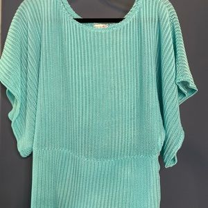 Spring/ summer knit top with batwing sleeve